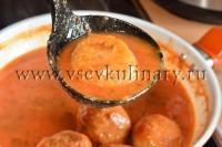 Тефтели в томатном соусе готовы