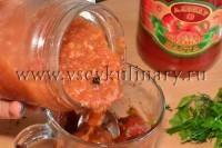 Можно добавить еще остро-сладкого домашнего кетчупа