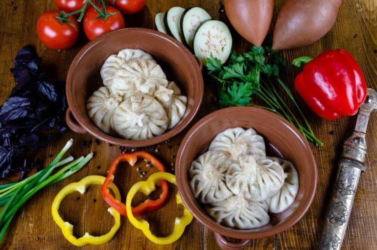 Хинкали с мясом и сыром